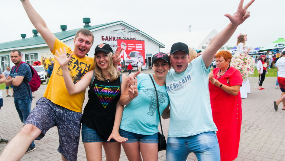 Гегемония крупняков: как прошел вновь возрожденный фестиваль напитков «Алтайфест»
