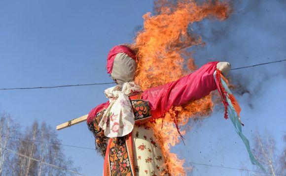 Фотофакты. Барнаульцы отпраздновали широкую Масленицу